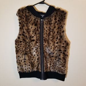 NWT Miss Me leopard print hooded zip up vest